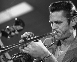 I fall in love too easily – Chet Baker